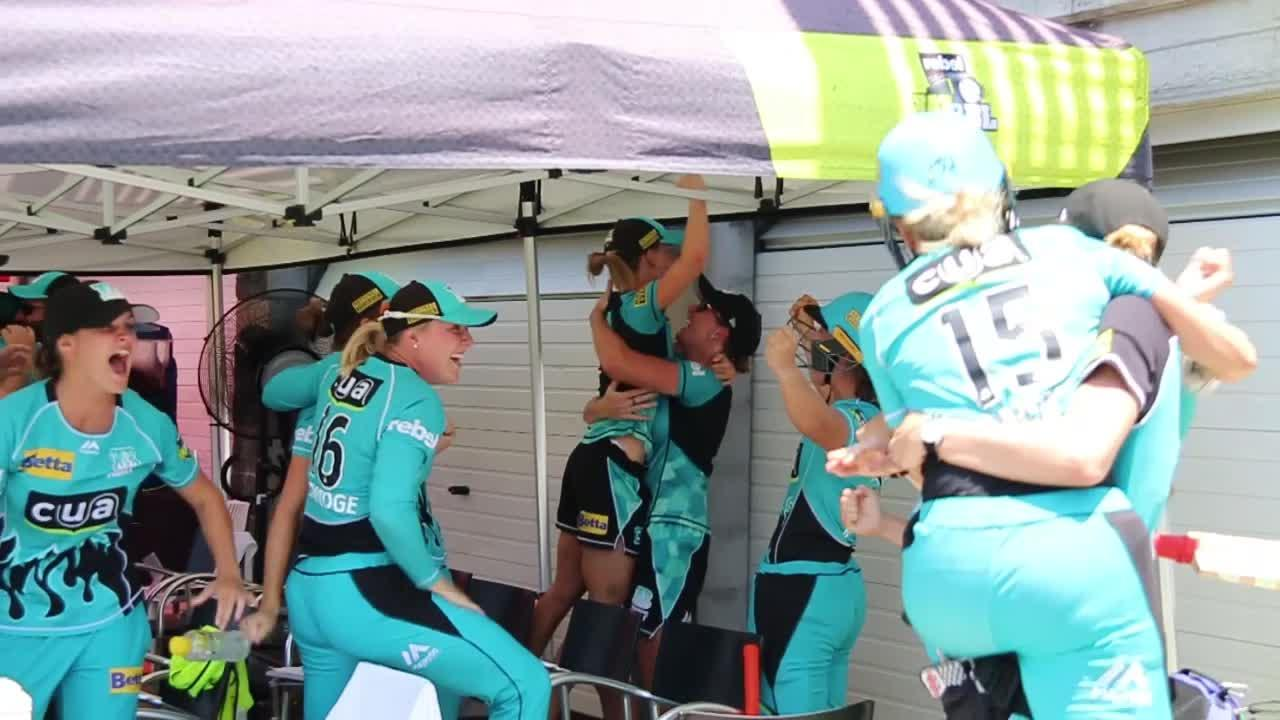 WBBL04-Champions-Winning-Moment-from-dugout-still